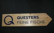 """Wegweiser """"Quester"""""""